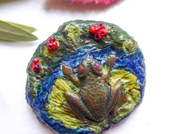 Cold porcelain brooch hand-painted Frog on a lily pad