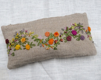 Hand embroidered linen kit Garland of roses