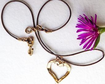 Golden bronze heart necklace A heart has no need to speak