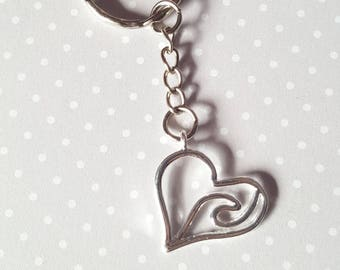 Heart keyring, Heart bag charm, Wavy heart keyring, Fashion keyring, Heart, Love, Wavy heart, Silver heart, Heart accessory, Gifts for her