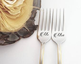 Personalized wedding gift for couple, Mr Mrs forks set, engraved gold  flatware for bride and groom, bridal shower present for kitchen