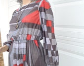 1970s geometric dress, vintage red, grey, long sleeve, modern, small, medium