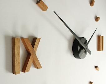 Kasper'o'clock - large wall clock made of oak wood