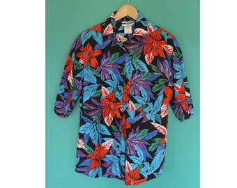 Vintage 90's Hawaiian Print Tropical Button Down Blouse - Small/Medium