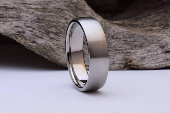 Titan Ring Mit Einer Gewolbten Form Und Geburstet Herren Etsy