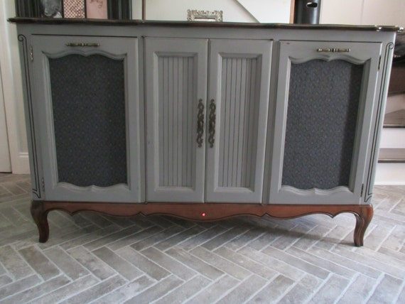 Vintage Zenith Stereo Cabinet