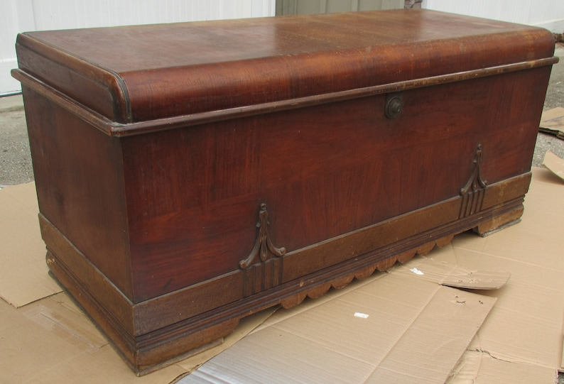 DISPLAY SAMPLE Not For Sale Vintage Cavalier Mahogany Cedar Chest Art Deco Hope Blanket Trunk