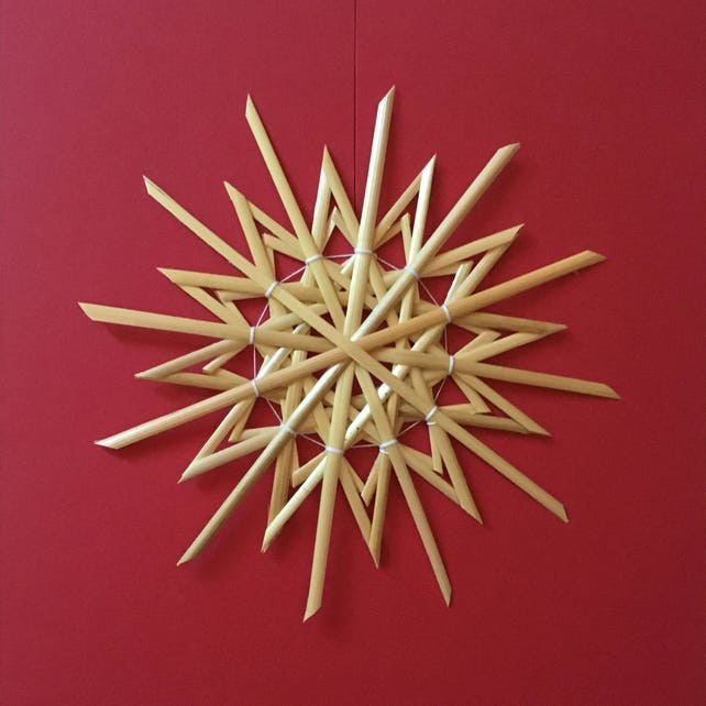 Christmas Tree Decoration - Handmade German Straw Star Ornament – Design 4
