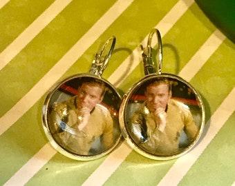 Captain Kirk Star Trek cabachon earrings - 16mm