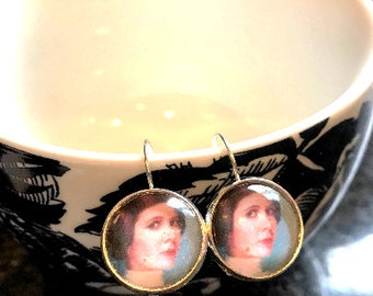 Princess Leia cabochon earrings- 16mm