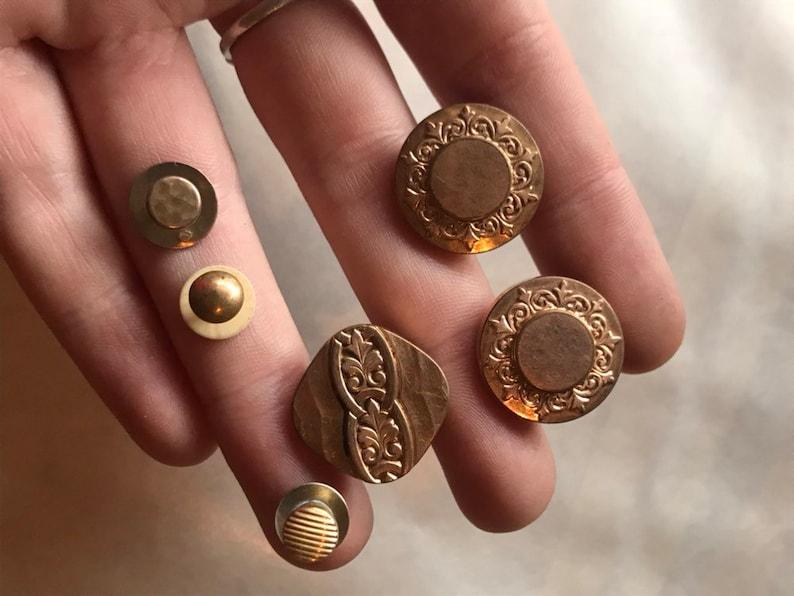 d54ab9a0a2e6 Set of collar buttons shirt 1900 gold of pomponne baroque art