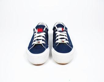 e11f7e135 Vintage Hilfiger Platform Shoes Womens