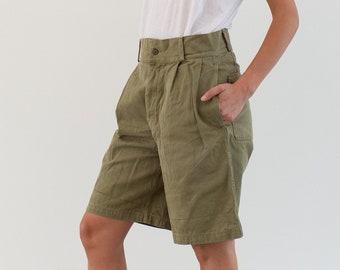 Vintage 29 Waist Pleat Khaki Twill Chino Shorts | UNISEX Italian Italy High Rise Workwear | Button Fly |