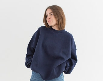 Vintage 90s Navy Blue Crew Sweatshirt | Heavyweight Blank Cozy Fleece V stitch Sweat | Made in USA | L XL |