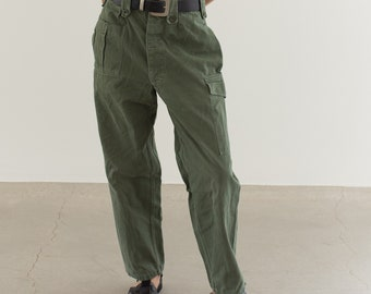 Vintage 29 Waist Olive Green Fatigues | Cargo Trousers | Pleated Army Pants | AP150