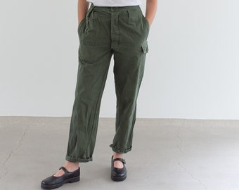 Vintage 27 Waist Olive Green Fatigues | Cargo Trousers | Pleated Army Pants | AP165