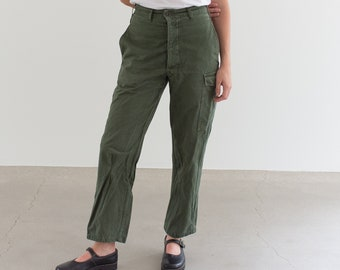 Vintage 27 Waist Olive Green Fatigues | Cargo Trousers | Pleated Army Pants | AP160