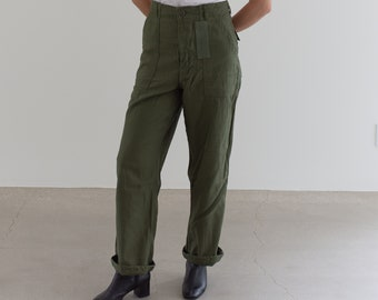 Vintage 29 Waist Olive Green Army Pants | Patched Utility Fatigues Military Trouser | F081