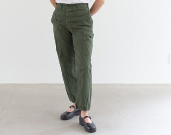 Vintage 27 Waist Olive Green Fatigues | Cargo Trousers | Pleated Army Pants | AP163
