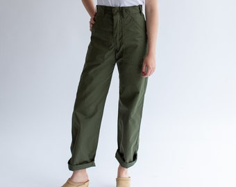 Vintage 28 Waist Army Pants | Cotton Poly Utility Army Pant | Green Fatigue pants |