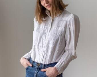 Vintage White Linen Shirt | Victorian Inspired Floral Embroidery Romantic Blouse | S M | BP122