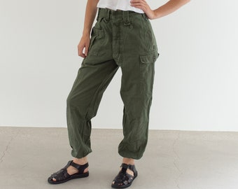 Vintage 28 Waist Olive Green Fatigues | Cargo Trousers | Pleated Army Pants | AP139