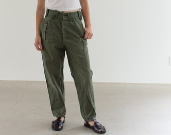 Vintage 27 Waist Olive Green Fatigues | Cargo Trousers | Pleated Army Pants | AP154
