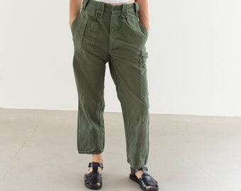 Vintage 27 Waist Olive Green Fatigues | Cargo Trousers | Pleated Army Pants | AP152
