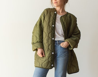 Vintage Green Liner Jacket White Buttons | [Black] Quilted Nylon Coat |