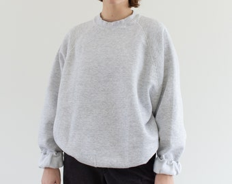 Vintage 90s Light Heather Grey Raglan Sweatshirt | Heavyweight Blank Gray Cozy Fleece Sweat | Made in USA | L XL |
