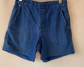 Hanger Sale FINAL Sale | Vintage 30 Waist Blue Denim Shorts | DS19