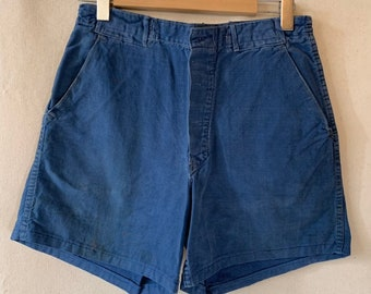Hanger Sale FINAL Sale | Vintage 31 Waist Blue Denim Shorts | DS23
