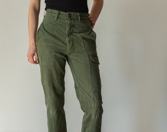 Vintage 27 Waist Olive Green Fatigues | Cargo Trousers | Pleated Army Pants | AP128
