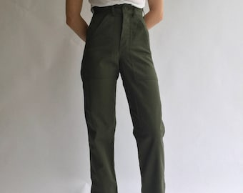 Vintage 24 25 Waist Army Pants | PETITE Cotton Poly Utility Army Pant | Green Fatigue pants | OG 107 USA
