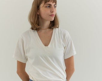 Vintage Cotton White V Neck Tee T Shirt   Semi sheer T-Shirt Tee Shirt Top   Made USA   XS S   T035