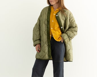 Vintage Light Green Liner Jacket | White Buttons | [Black] Quilted Nylon Coat |