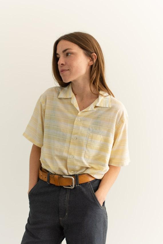 Vintage Pale Yellow Stripe Short Sleeve Loop Colla