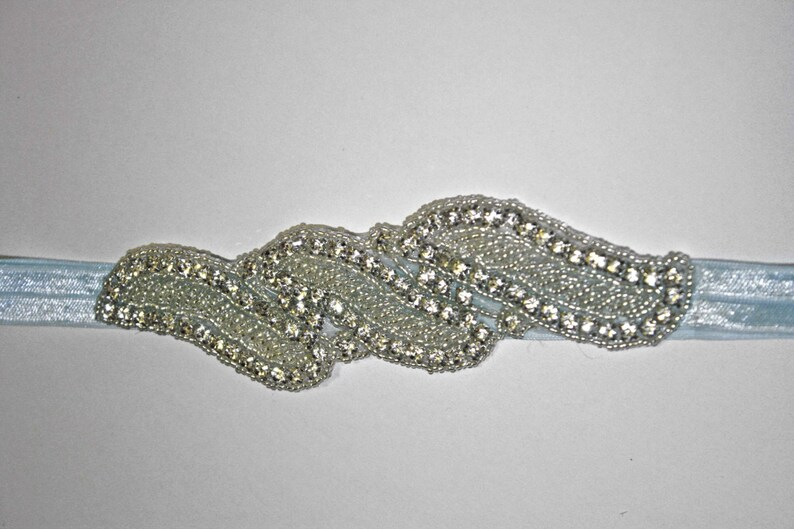 17 inches 3T - Up 6 12 in Boutique Crystal Rhinestone Designed Vintage Headband Events... Always good for a Photo Prop Weddings