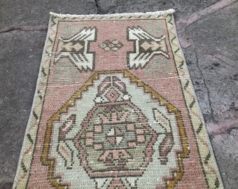 Tribal Ethnic Turkish Rug, Home Decor Rug, Vintage Handwoven Rug, Yastik, Kitchen Rug, Interior Design,Small Turkish Door Mat Rug, 1'6x2'11