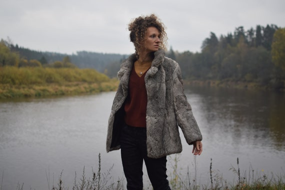 Vintage rabbit fur coat - Real fur jacket - Gray … - image 3