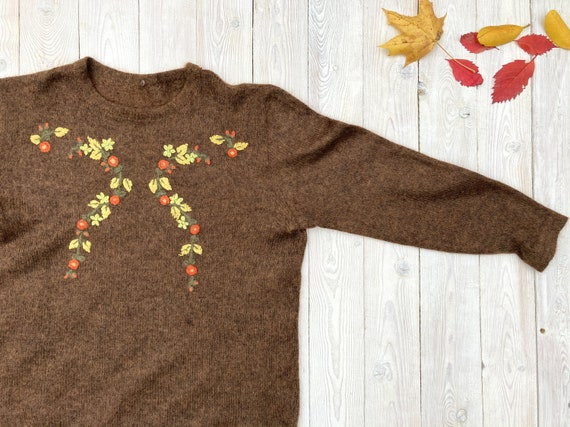 Brown mohair sweater - Women's floral pullover - V