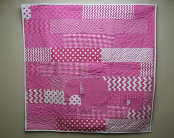 Pink and White Mom and Baby Elephant Quilt