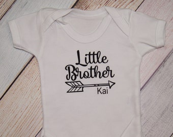 Personalized Little Brother Bodysuit - I'm the Little Brother - Youngest Brother Shirt - Sibling Shirt - Boys Shirt - Pregnancy Announcement