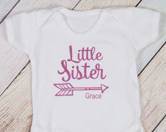 Personalized Little Sister Bodysuit - I'm the Little Sister - Youngest Sister Shirt - Sibling Shirt - Girls Shirt - Pregnancy Announcement