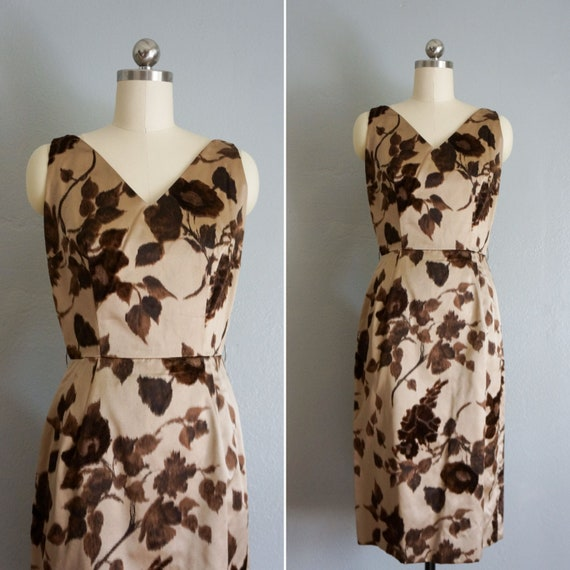 1950s Winter Foliage wiggle dress | vintage 50s br