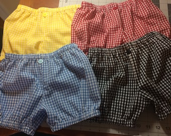 Gingham Bubble Shorts for your toddler.  Multiple colors and sizes to choose from.  Made to Order!