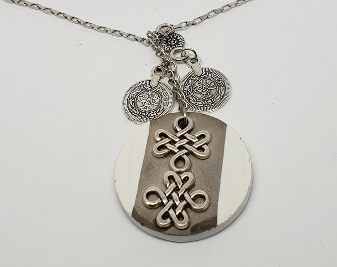 Emphmute necklace one-piece concrete jewelry white grey chain pendant necklace jewelry concrete knot coins