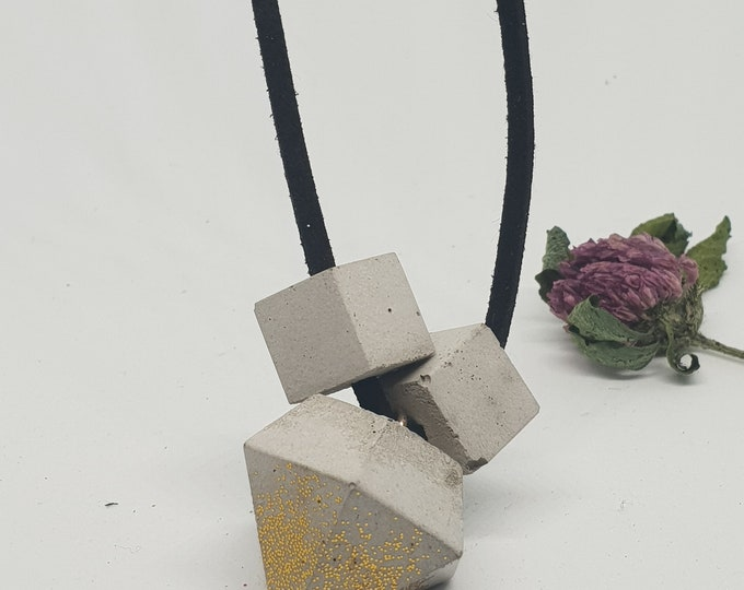 Necklace concrete jewelry gift color grey gold woman concrete jewelry velour leather ribbon diamond shape gold slit