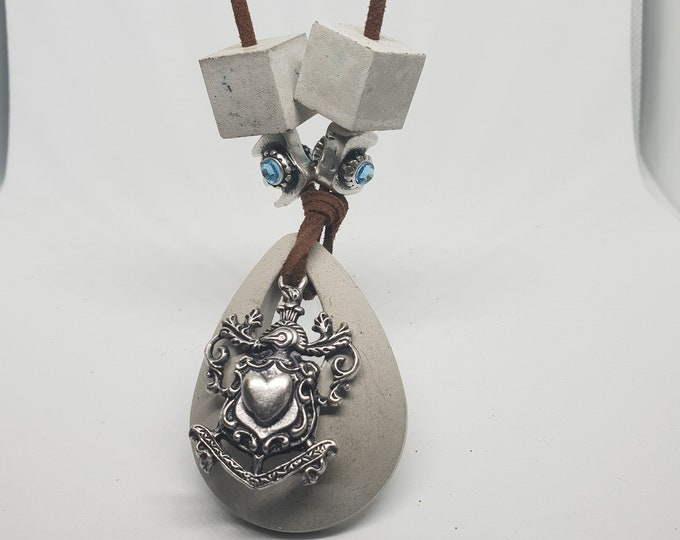 Necklace concrete jewelry gift color gray woman concrete jewelry velour leather band Swarowski elements ice blue 4 pendant