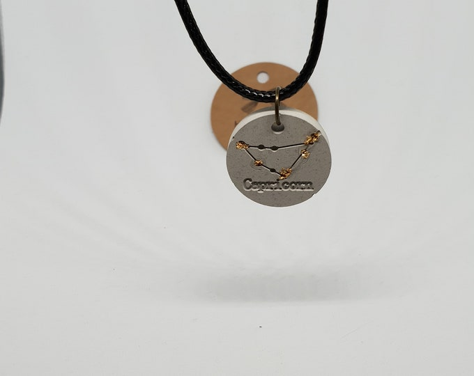 Emphasement choker one-piece concrete grey necklace pendant jewelry concrete zodiac sign 24 carat gold leaf Capricornus necklace